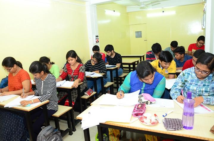 Best Physics teacher in Kolkata for IIT JEE